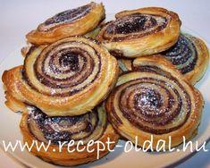 Winter Food, Coffee Shop, Bakery, Muffin, Breakfast, Essen, Coffee Shops, Morning Coffee, Coffeehouse