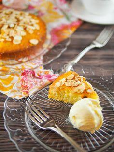 Orange almond olive oil cake | Foodmanna