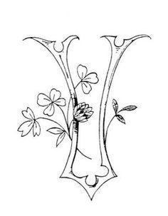 Cruces de hilo y rosas  Letras con flor    Pinterest  Letras