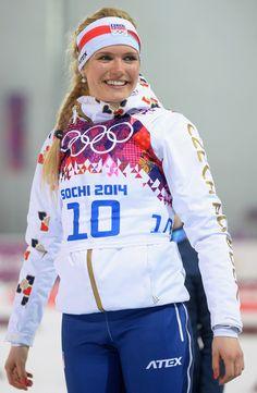 Winter Olympics, Athletes, Graphic Sweatshirt, Snow, Female, Business, Sweatshirts, Sports, Sweaters