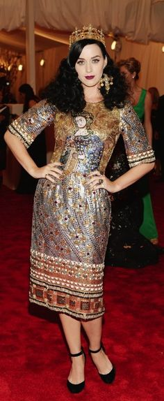 Best Dressed at the 2013 Met Gala – Katy Perry in Dolce & Gabbana