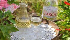 Λικέρ βασιλικού με ρακή (ή άλλο λευκό ποτό)