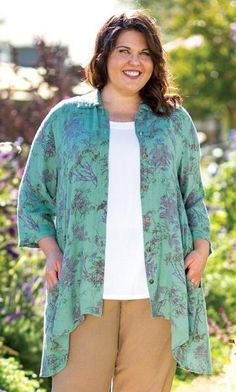 Monet Shirt | Plus Size Fashion For Women | On the Plus Side | Spring Style
