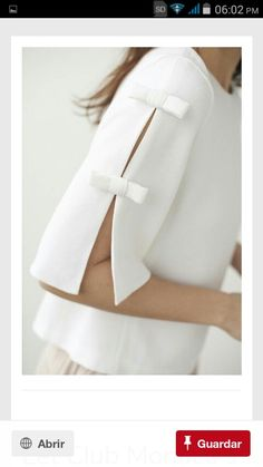 Manga 3/4 muy coqueta.....♡ Elegant Summer Outfits, Beautiful Outfits, Chic Outfits, Trendy Outfits, Velvet Dress Designs, Baby Dress Design, Sleeves Designs For Dresses, Dress Making Patterns, Mode Hijab