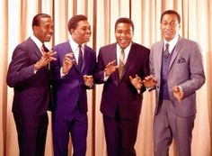 The Four Tops - Bernadette (Wub Machine Remix) Soul Music, Music Is Life, Stars On 45, Fabulous Four, Tamla Motown, Four Tops, 60s Music, The Big Hit, Music Images