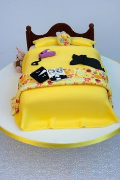 Teenage bed cake  - Cake by Bronte Bakes