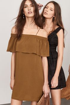 We're in the mood to party. View a new summer update. | Party in H&M H&m Fashion, Fashion Online, Fashion Outfits, Womens Fashion, Summer 2016 Trends, Sexy Women, Instagram, Dress Up, Cute Outfits