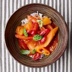 mevegetable-red-curry-350-d111528-1014.jpg