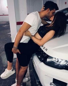 Cute couples kissing, cute couples goals, romantic couples, couples in love Cute Couples Kissing, Cute Couples Goals, Couples In Love, Romantic Couples, Romantic Gifts, Couple S'embrassant, Photo Couple, Couple Posing, Couple Photos