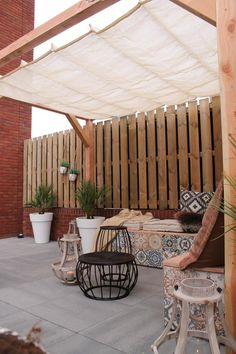 outdoor oasis backyard on a budget ~ outdoor oasis ; outdoor oasis on a budget ; outdoor oasis backyard with pool ; outdoor oasis backyard on a budget ; outdoor oasis on a budget diy ideas ; Cozy Backyard, Backyard Canopy, Backyard Patio Designs, Canopy Outdoor, Backyard Landscaping, Patio Ideas, Small Patio Canopy Ideas, Small Garden Canopy, Oasis Backyard