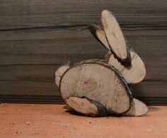 Diy Wood Projects Singapore and PICS of Wood Crafts For Seniors. Wood Log Crafts, Wood Slice Crafts, Diy Wood Projects, Easter Art, Easter Crafts, Easter Bunny Pictures, Wood Animal, Crafts For Seniors, Diy Ostern