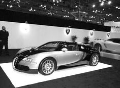 Bugatti Veyron 2013 | NY Car Show | black white photography | photo by Maria Marra | #design