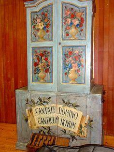 """un antico organo al Conservatorio Milano... """"Cantate al Signore un canto nuovo """"…"""