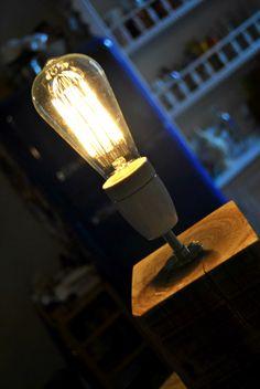 Wood lamp | legno+ceramica+tessuto