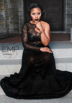 Glam Meets Goth Model: Lakisha Ellis Photographer: Andre Dunston Make-Up: Me #accessmatized #mua #makeupartist #makeup #vogue #essencemag #dmvmua #baltimoremua #prom #proms #bride #brides #prom2014 #prom2k14 #beat #beatandsnatched #avantgarde #goth #glam #photographer #photoshoot #runway #runwaymodels #printmodels #loreal #ellementsmagazine #kontrolmagazine