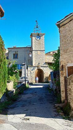 #EnFranceAussi: Ballade a Lurs en Provence Provence, Wayfarer, Aix En Provence