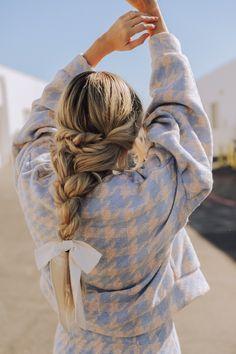 44 Trendy Hairstyles Boho Barefoot Blonde - New Site Barefoot Blonde, Boho Hairstyles, Blonde Hairstyles, Teenage Hairstyles, Hairstyles Videos, Gorgeous Hair, Hair Looks, New Hair, Hair Inspiration