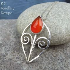 Suze likes, loves, finds and dreams: Suze Loves & Giveaway: K S Jewellery Designs!
