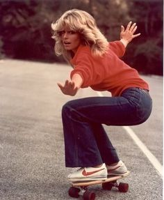 THIS IS STYLE. What could be more 1970s than feathered waves, flares and 1972 edition Nike Cortez trainers? Better than Black Forest gâteau followed by duck â l'orange, Charlie's Angels star Farrah Fawcett nailed it, captured here on set in 1976. #THISISSTYLE