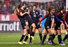 Allie Long, Tobin Heath #HarryLove