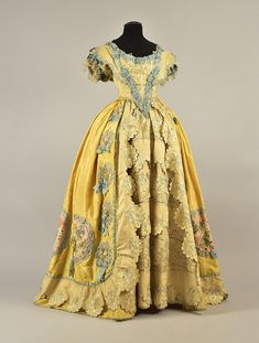 LOT 150 TRAINED SILK BALLGOWN, attributed to JULIA GARDINER, c. 1852