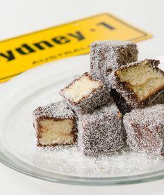 Lamingtons Greek Recipes, Desert Recipes, Biscotti Cookies, Love Is Sweet, Fun Desserts, Chocolate Cake, Sweet Tooth, Bakery, Sweet Treats
