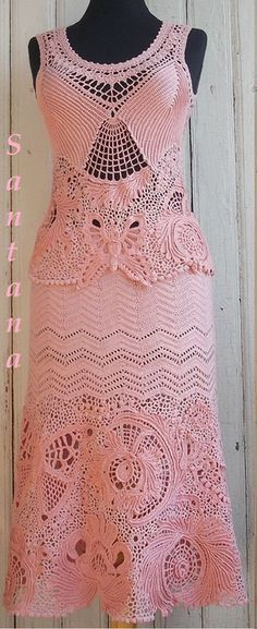 Simply stunning! Beautiful crochet lace dress ♥LCL♥ with diagrams and picture placement and the work in progress. Absolutely beautiful ♥♥♥♥