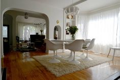 Rejuvenation Project: Comedores de estilo minimalista por Erika Winters Design