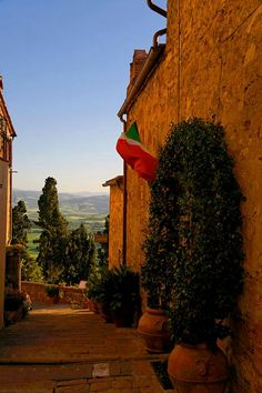 Pienza - Italy. Pienza, a town and comune in the province of Siena, in the Val d'Orcia in Tuscany, between the towns of Montepulciano and Montalcino.