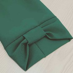 Best 11 Twisted Clutch PDF Tutorial and Pattern Kurti Sleeves Design, Kurta Neck Design, Sleeves Designs For Dresses, Dress Neck Designs, Sleeve Designs, Blouse Designs, Simple Kurti Designs, Kurta Designs Women, Salwar Designs