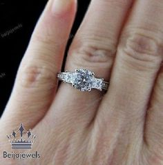 Round Cut Diamond 3 Stone Women's Engagement Ring 10K White Gold over 1.00 Ct  #Beijojewels #ThreeStoneWeddingRing