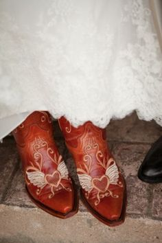 Bridal shoes cowgirl boots inspiration
