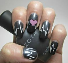 Herzen Diagramm mit kleinem Herzchen auf schwarzem Hintegrund