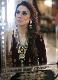 Alpana Gujral in gemstones long chain and earrings designed by her