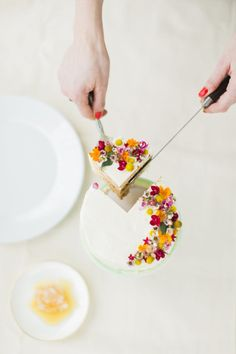 Floral Honey Cake // The School of Styling