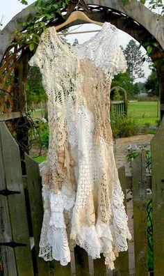 BEACH BUBBLES DoilyDarlings Vintage Lace Cotton by doilydarlings