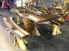 rustic_furniture_new_items - love this table