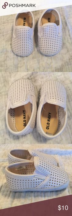 White infant slip on boat shoes Very cute!  Unisex slip on shoes.  Size says 3-6 months. Old Navy Shoes Baby & Walker