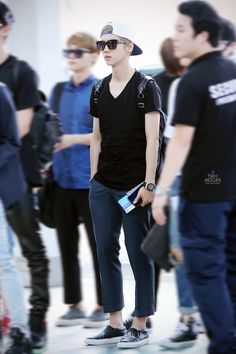 Luhan | 140802 Incheon Airport departing for Xi'an