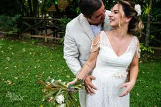 Julia Mario ♡ Bernardo by Dani Batista Lace Wedding, Wedding Dresses, Beautiful Bride, Brides, Mario, Fashion, Weddings, Engagement, Moda