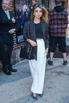 "For her appearance on the ""Late Show With David Letterman,"" Sarah Hyland was effortlessly chic and relaxed in an oversize Jenni Kayne blazer, Osklen top and breezy, high-waisted trousers."