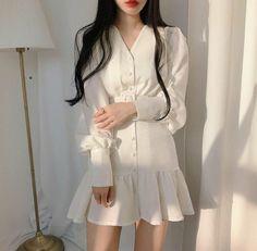 Korean Fashion Dress, Ulzzang Fashion, Kpop Fashion Outfits, Korean Outfits, Mode Outfits, Asian Fashion, Fashion Dresses, Fashion Hacks, Fashion Clothes