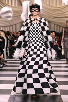Christian Dior Spring 2018 Couture Collection | Tom + Lorenzo