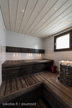 White and brown. Sauna Shower, Portable Sauna, Sauna Design, Outdoor Sauna, Finnish Sauna, Steam Sauna, Sauna Room, Spa Rooms, Steam Room