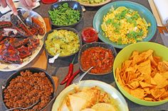 Home delivered dinner meal kits utilising locally sourced ingredients and a focus on quality and sustainability Guacamole, Tex Mex, Salsa, Extra Mile, Households, Dinner, Ethnic Recipes, Blog, Meal