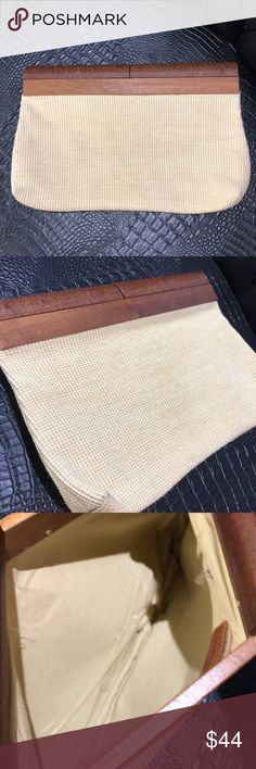 Large weaved and wood clutch Perfect spring summer clutch oversized  makes a statement🌼  a little wear on the corner n small scratch in the wood see pics only on one side Vintage Bags Clutches & Wristlets