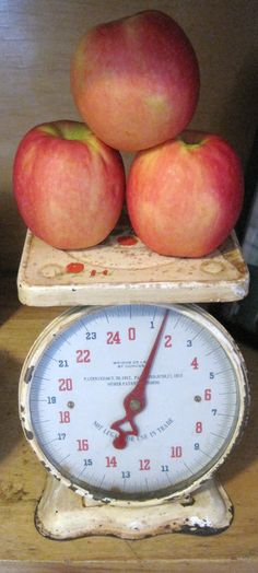 A chippy vintage scale is on my list of kitchen must haves...