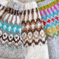 Inspiration ☞ Gamaldags « Tricoteuse d'Islande Fair Isle Knitting Patterns, Knitting Charts, Knit Patterns, Color Patterns, Motif Fair Isle, Fair Isle Pattern, Manta Crochet, Knit Crochet, Icelandic Sweaters