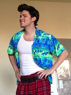 John Francis Daley as Ace Ventura for Halloween.