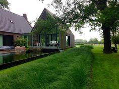 Tuin, ontwerp en aanleg door Puur groenprojecten.  Onderhoud en snoei door Artgreen